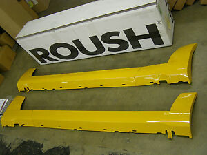 Nos Oem 2005 2009 Roush Mustang Side Skirts Ground Effects 2006 2007 2008 Orn