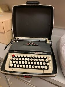 Smith Corona Galaxie Ii Typewriter Vintage W Case Manual Key