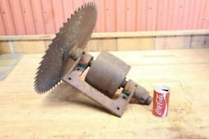 Old Vintage Flat Belt Saw Mill Swing Saw Arbor 20 Blade Bellsaw 6 X 7 Pulley