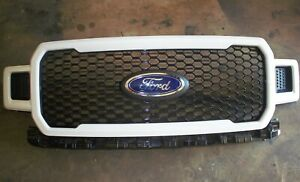 2018 2020 Ford F 150 Oxford White Honeycomb Stx Oem Genuine Ford Grille