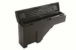 Dee Zee 95p Wheel Well Plastic Toolbox