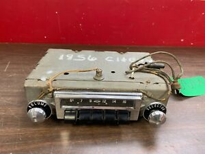 Original 1956 Chevy Push Button Am Radio W Knobs 1020