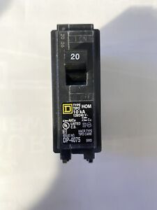 Square D Homeline 20 Amp Single 1 Pole Circuit Breaker hom120