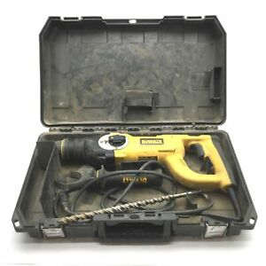 Dewalt D2513 D handle Three Mode Corded Sds Rotary Hammer Drill 120vac 8a