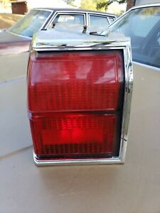 1985 Oldsmobile Olds Delta 88 Ls Brougham Red Left Driver Tail Light Lamp