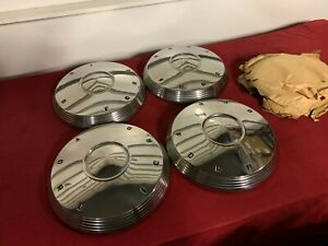 Nos 1961 1962 Ford Galaxie Hubcaps 61 62 Fomoco