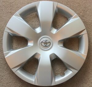 New Genuine Toyota Camry 07 08 09 10 11 Hubcap Wheel Cover 16 With Blemishes