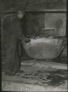 1955 Press Photo Mining topping lead furnace at Trend spa80418 $19.99