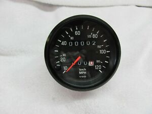 Vdo 120 Mph Speedometer 3 3 8 Mounting Hole Size Mph Km h Duel Readings