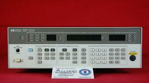 Hp Agilent 8656b 002 3121u10432 Synthesized Signal Generator 0 1 To 990 Mhz