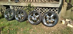 22 Inch Chrome Touren Rims And Tires Perfect Condition