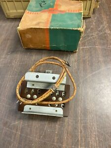 1951 1952 Chevy Car Wiring Junction Block Nos 1220