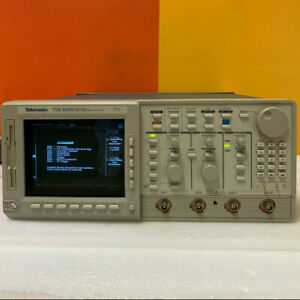Tektronix Tds620b 500mhz 2 5 Gs s Two channel Digitizing Oscilloscope