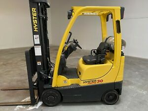 Forklift Fortis 30 3000lb Capacity Low Hours Great Condition