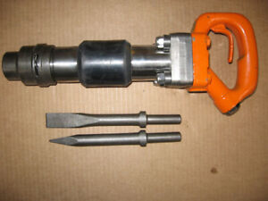 American Pneumatic Air Chipping Hammer Apt 453 R 2 Bits And Whip With Oiler