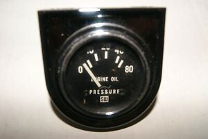 Nos Stewart Warner Vintage Gauge 2 1 16 Electric 12 Volt Oil Pressure