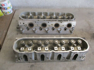 Pair Engine Head Chevy Corvette 99 Ls1 350 V8