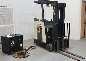 Crown Rc3000 Series Forklift Battery Operated