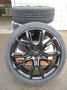 22 Jeep Grand Cherokee Srt8 Style New Gloss Black Wheels Tires Set Of Four 9113