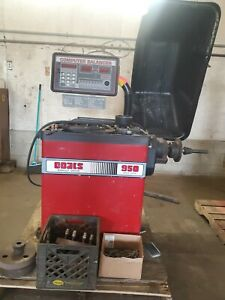 Tire Balancer And Tire Changer