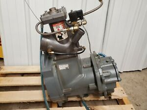 Atlas Copco 1616 5604 81 Rotary Air Compressor Element With Unloading Valve Ga30