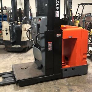 Refurbished 2009 Toyota 7bpue15 Electric Forklift 3 Stage Order cherry Picker