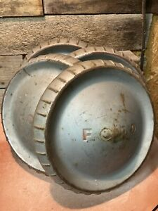 Vintage Ford Red Letter Dog Dish Hubcap Wheel Covers 9 12 Set Of 4 Patina