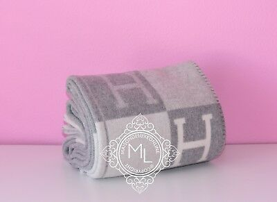 Hermes Classic Light Grey Gray Gris Clair Wool Cashmere Avalon Iii Blanket Throw