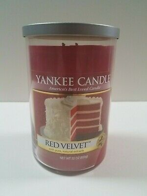 Yankee Candle - Red Velvet 22oz Candle Two Wicks Food & Spice Collection  Rare!!