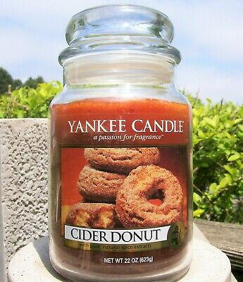 "Yankee Candle Retired ""cider Donut""~ Large 22 Oz ~ White Label ~ Rare ~ New!"