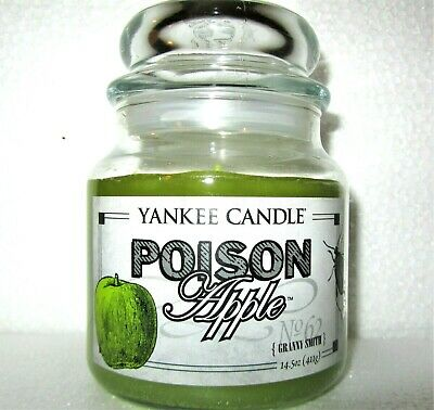 "Yankee Candle Retired Halloween ""poison Apple"" Granny Smith~ 14.5 Oz Medium~rare"