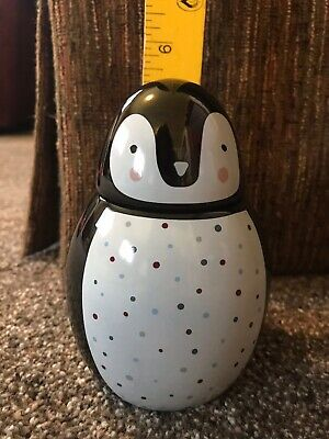 Penguin Candle By Yankee Candle - New!