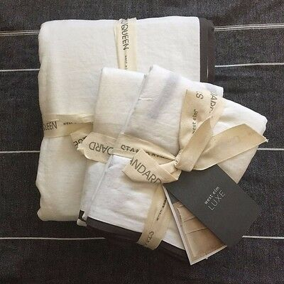 West Elm Linen Cotton Queen Duvet Cover Sham  White With Slate Trim 3pc