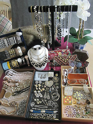 136 Pc Vintage/modern Rhinestone Other Fashion Costume Jewelry Lot Some Signed
