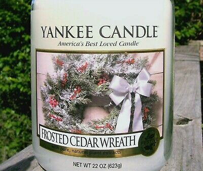 """Yankee Candle """"frosted Cedar Wreath"""" Christmas~large 22 Oz ~white Label~rare~new"""