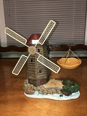 New Yankee Candle Musical Windmill Tart Burner  Hard To Find