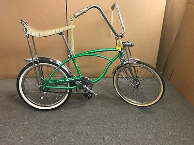 Schwinn 1965 Sting Ray Super Deluxe Bicycle -antique Vintage