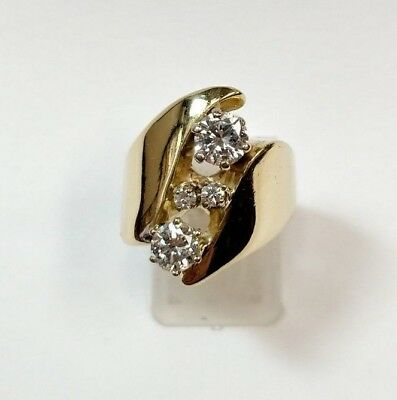 Very Unique Vintage 1.10 Carat Diamond 14k Yellow Gold Ring Ladies Band