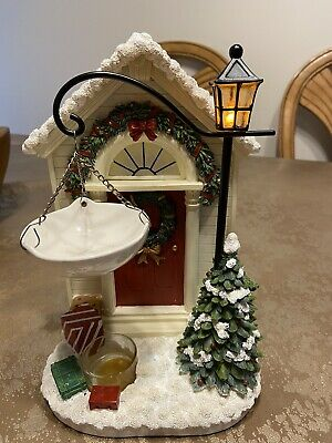 Yankee Candle Ceramic Hanging Holiday Front Door Holly Tart Wax Warmer Lights Up