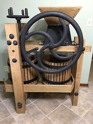 Apple Press Restored Antique, Very Nice! Excellent Condition! Showroom Item.
