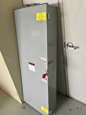 600a, 600v/250v Square D Double Throw Enclosed Switch, Very Good Condition