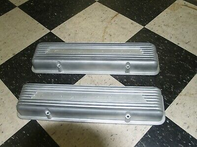 1956-57 Corvette Original 3726086 Alum 9 Finned Valve Covers/pr-staggered Holes