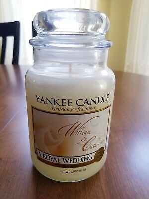 """Yankee Candle """"a Royal Wedding"""", William & Catherine, 2011, New.    Rare"""