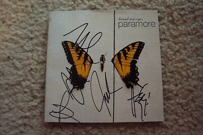 signed paramore brand new eyes deluxe edition box set
