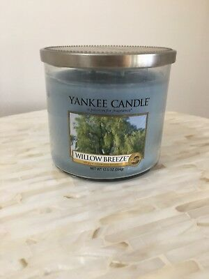 "Yankee Candle Willow Breeze 12.5 Oz ""with Pure Natural Plant Extracts"" 2 Wick"