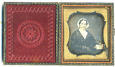 Rare Sixth Plate Daguerreotype Portrait Of An  Woman  With A Wishbone !