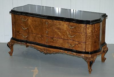 Stunning Italian Walnut Serpentine Fronted Glass Topped Chest Of Drawers Large