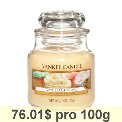 Yankee Candle Classic Housewarmer Small, Vanilla Cupcake, Scented Candle Scented