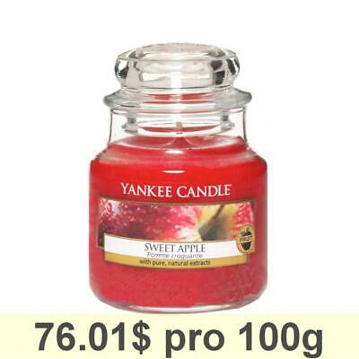 Yankee Candle Classic Housewarmer Small, Sweet Apple, Scented Candle, Room Scent
