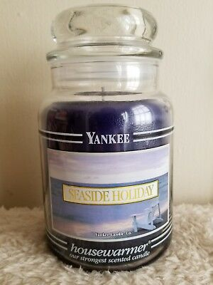 "Yankee Candle Retired Black Band ""seaside Holiday"" Large 22 Oz"